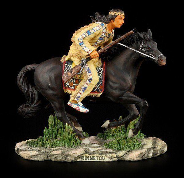 Winnetou Figur - Reitet auf Pferd Iltschi