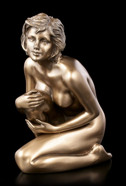 Female Nude Figurine - Looking Up