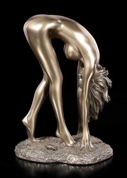 Female Nude - Naomi
