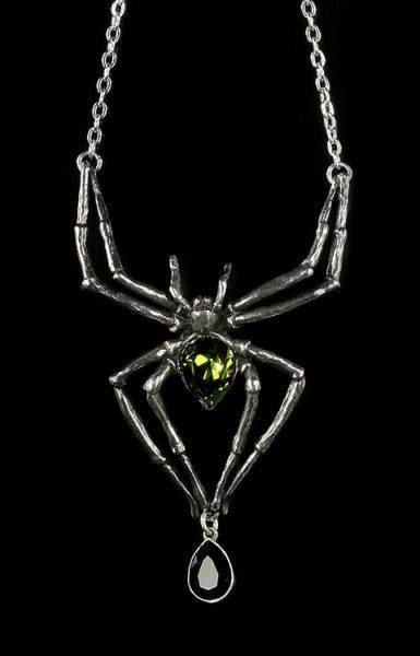 Emerald Venom - Alchemy Gothic Pendant