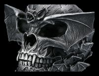 Totenkopf Figur mit Fledermaus - Bat Skull