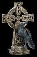 Rabe sitzt neben keltischem Kreuz - rechts