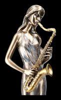 Musikerin Figur mit Saxophon