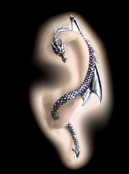 Alchemy Gothic Earring- The Dragon's Lure left