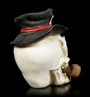 Small Skull with Pipe