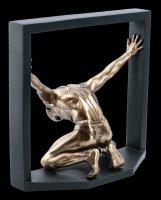 Akt Figur Mann - Gefangener seiner Selbst