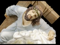 Jesus Figurine - On the Way of the Cross - colored