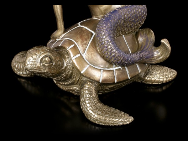 Meerjungfrau Figur auf Schildkröte