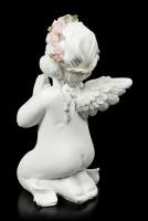 Weiße Engel Figur betend mit Kreuz