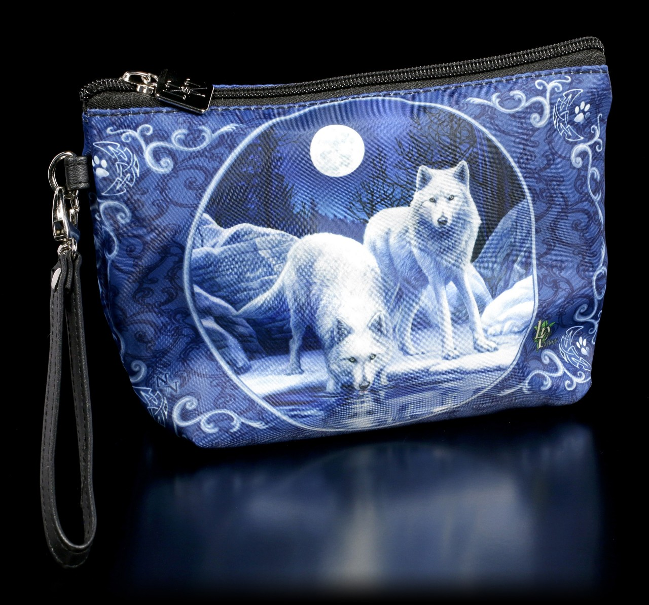 Toilet Bag with Wolves - Warriors of Winter