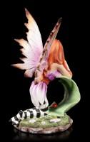 Fairy Figurine - Foglia is leaning on Leaf