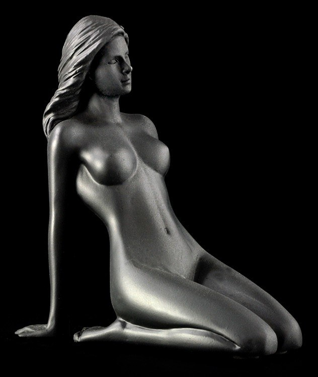 Female Nude Figurine - Bea black