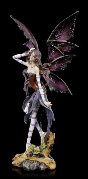 Elf Figurine - Alita plays with her Hair
