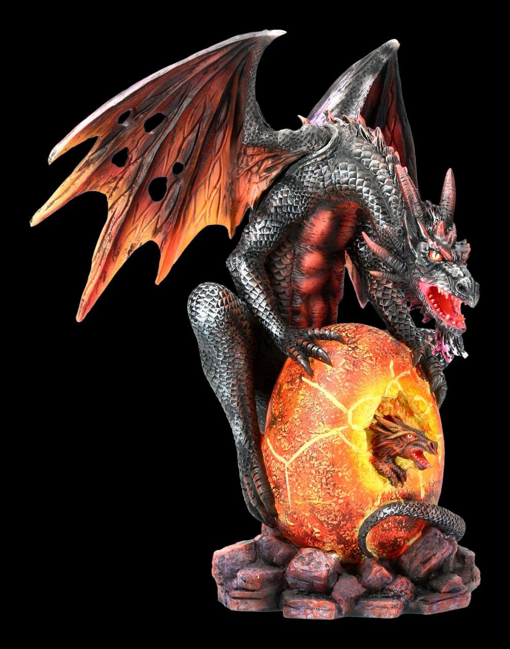 Lava Drachen Figur bewacht Brut