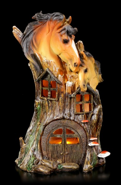 Horses Treehouse with LED