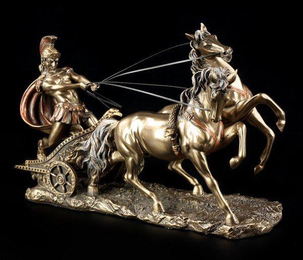 Römer Figur im Streitwagen