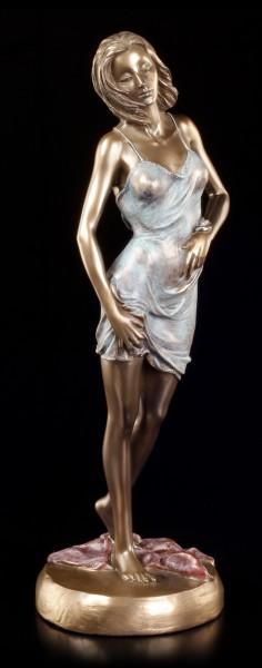 Sexy Frauen Figur im Nachthemd