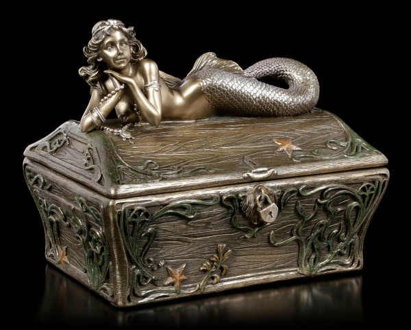 Box - Mermaid on Treasure Chest