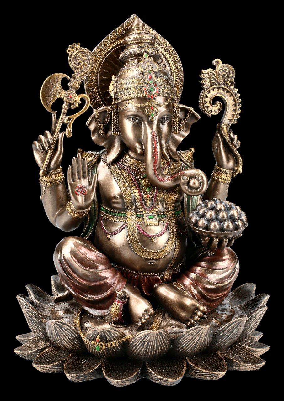 Ganesha Figur auf Lotusblüte
