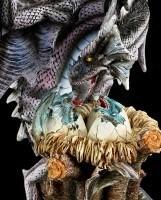Große Drachen Figur - Behütet Nest mit Jungen