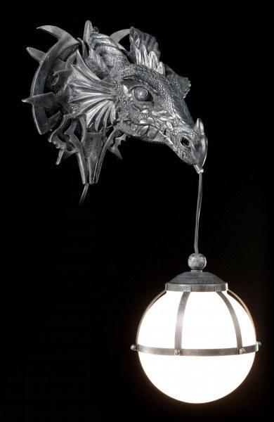 Drachen-Wandlampe
