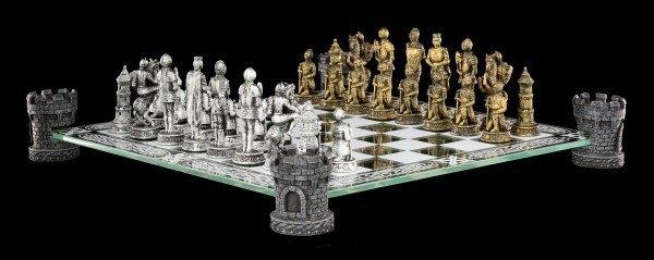 Ritter Schachspiel auf Burgturm
