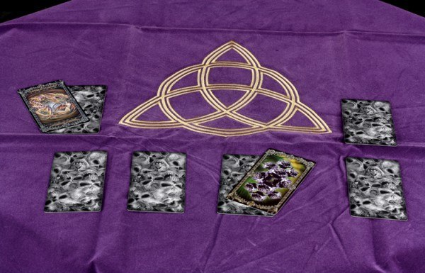 Tarot Decke Wicca mit Triqueta