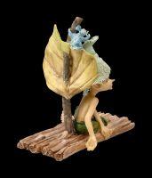Pixie Kobold Figur mit Maus - Floßfahrt