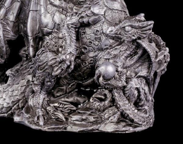 Drachen Figur mit Jungem und Kugel