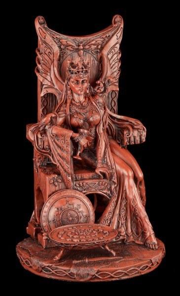 Keltische Göttin Figur - Queen Maeve - rot