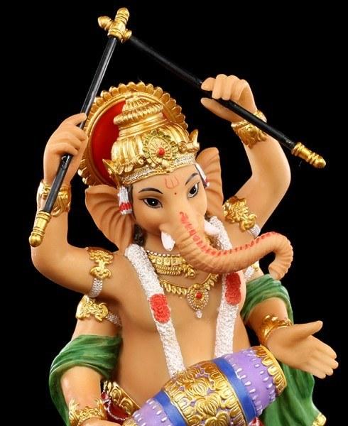 Ganesha Figur tanzend mit Trommel