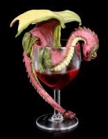 Drachen Figur im Rotwein Glas - Red Wine
