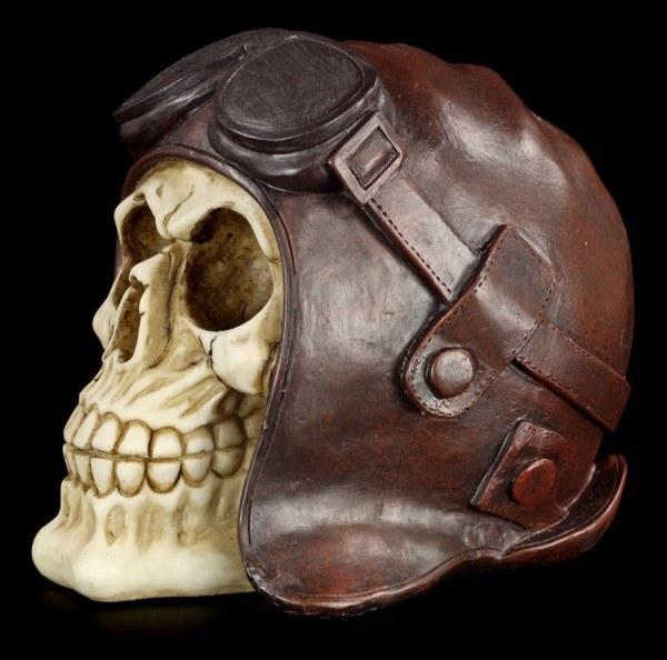 Totenkopf mit Pilotenhaube und -Brille