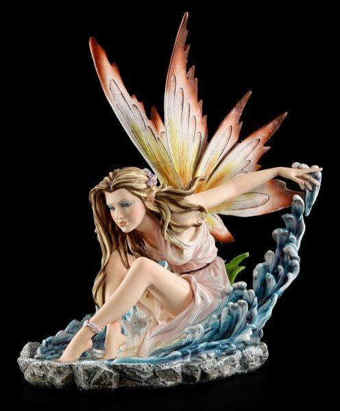 Elemental Fairy Figurine - Llayda Conjures Up Water