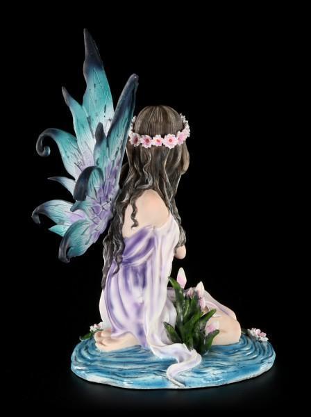 Elfen Figur - Kildare im Wasser kniend
