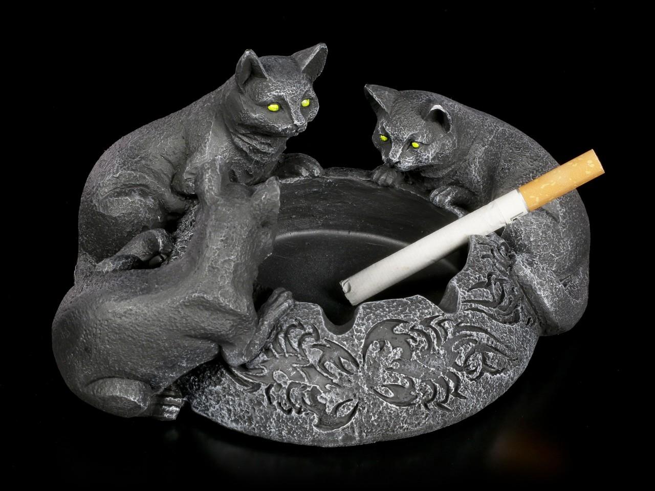 Ashtray - Three black Cats