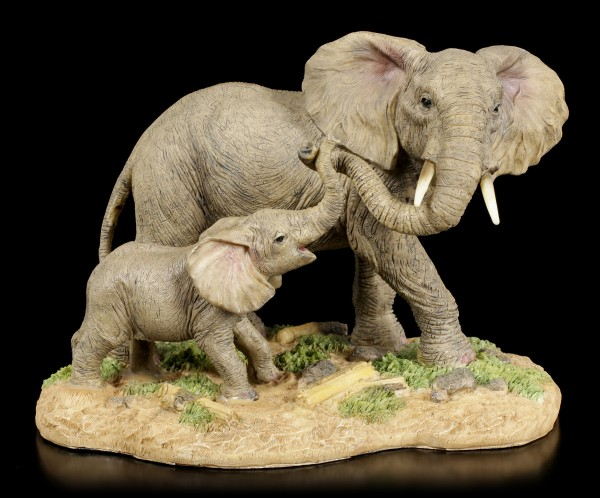 Elephant Figurines Family - Mother with Child
