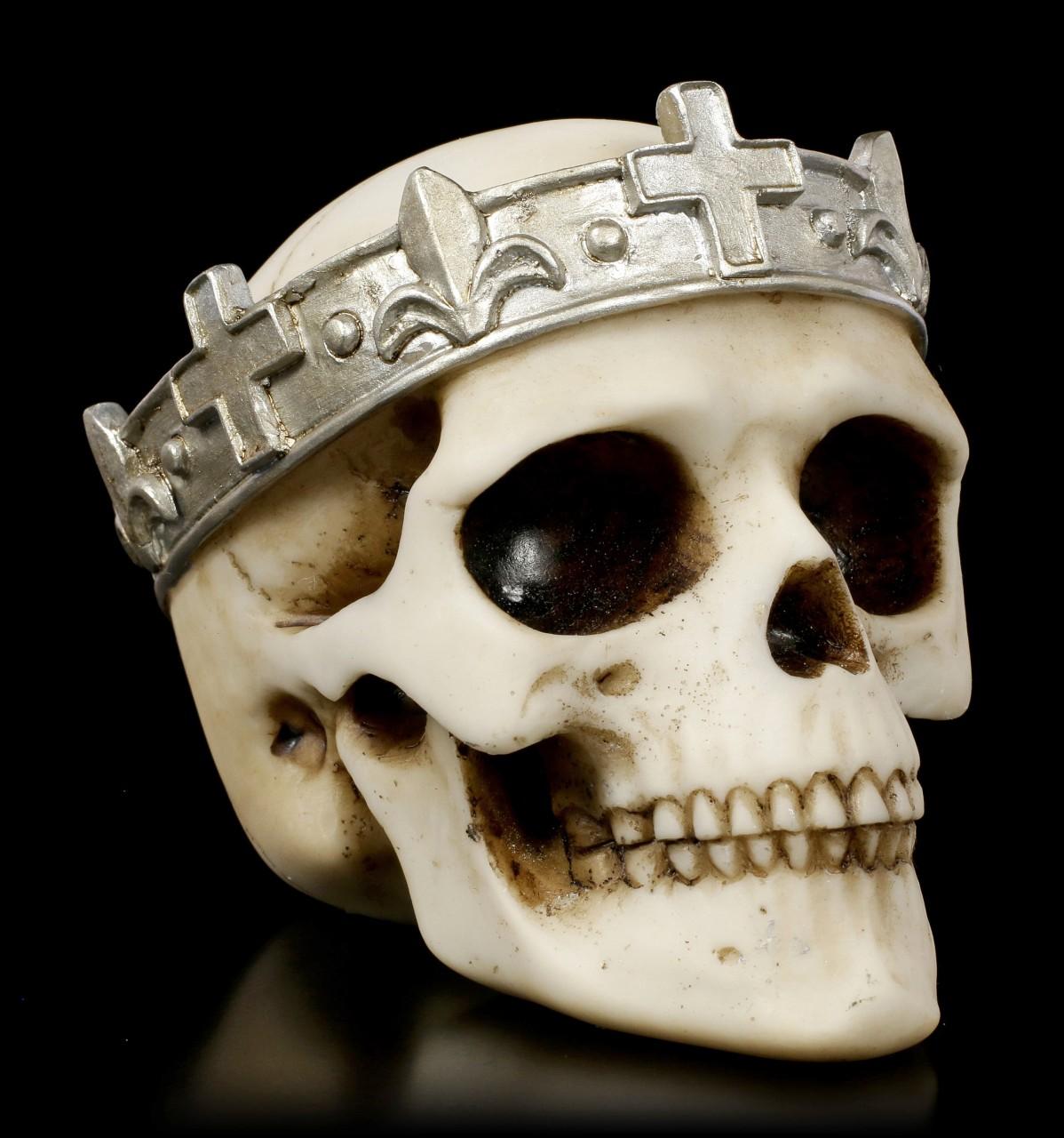Totenkopf mit silberfarbener Krone