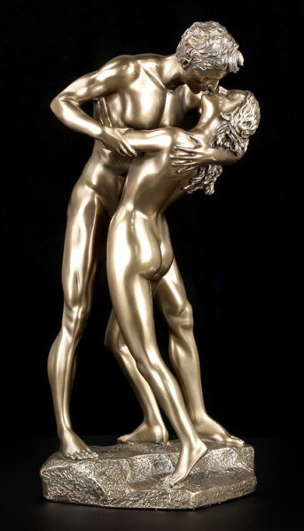 Nude Figure - Kissing Couple