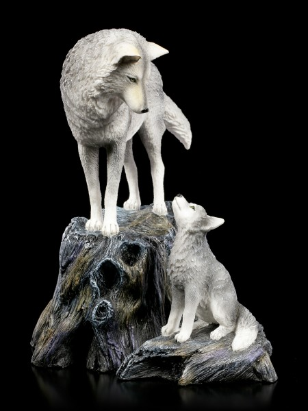 Wolf Figuren - Guidance by Lisa Parker