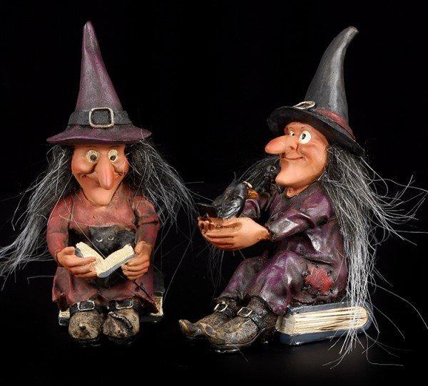Hexen Schwestern Figuren mit Zauberbuch