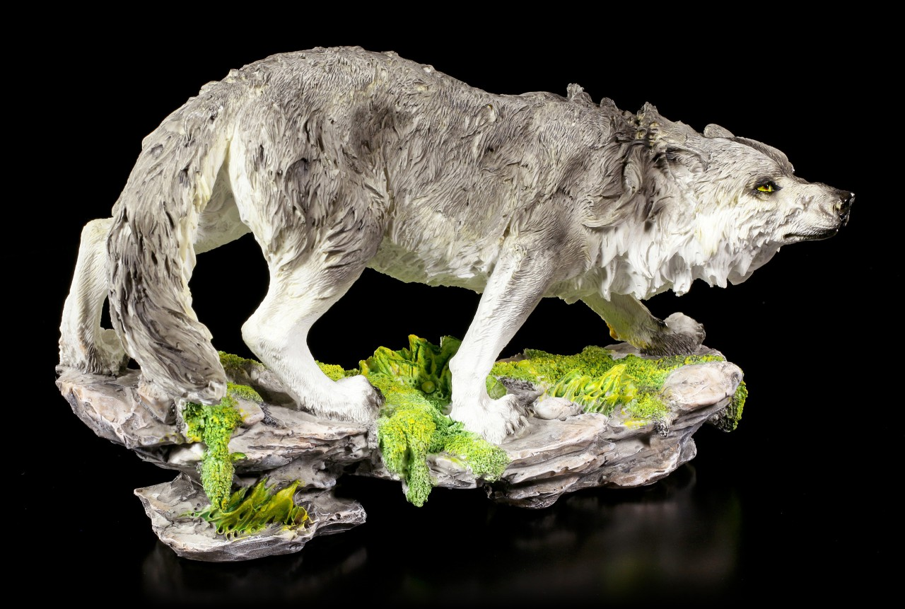Wolf Figurine - Creeping in the Night