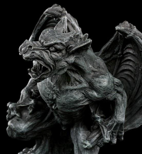 Gargoyle Figur lauernd