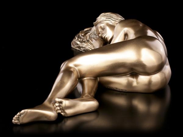 Female Nude Figurine - Sleeping on Ground