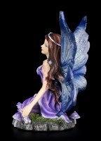 Fairy Figurine - Lavendar kneeling on the Meadow