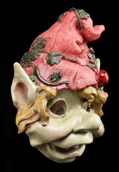 Wandrelief - Pixie mit roter Mütze