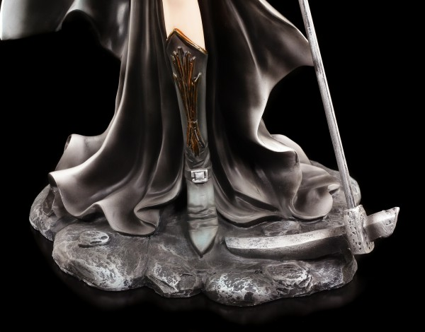 Dark Angel Figurine - Scythia with Scythe