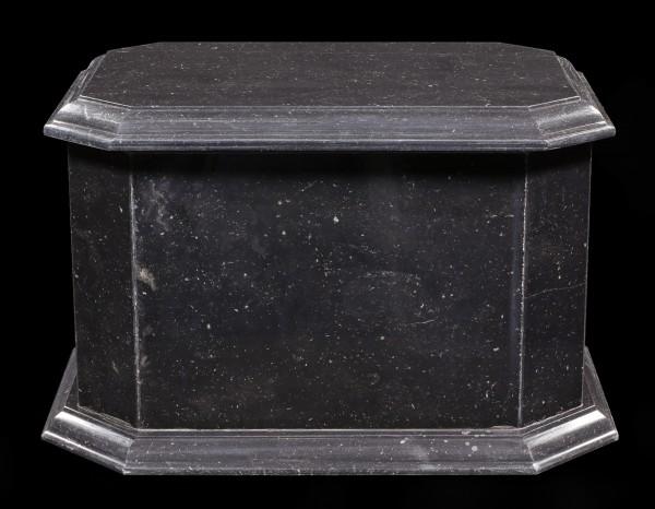 Marble Animal Urn black - Reverence