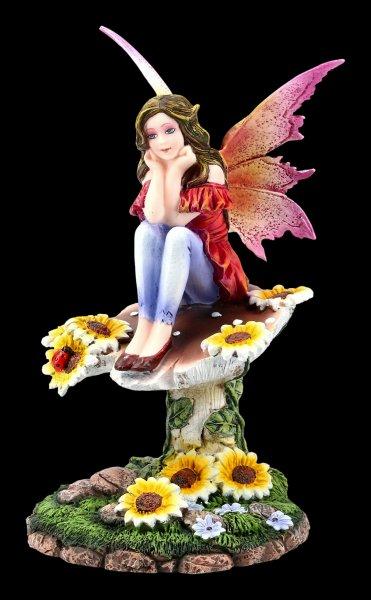 Fairy Figurine - Daisy sitting on Mushroom