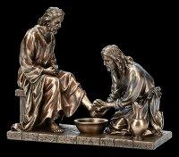 Jesus Figurine - Maundy - Washing of the Feet